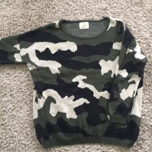 Sweaters - Camouflage sweater